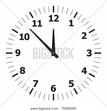 black simple clock