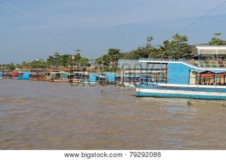 Tonle Sap Port
