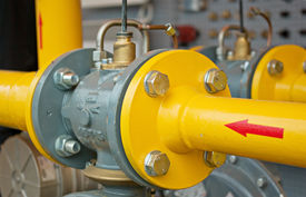 image of gas-pipes  - transfer oil and gas to main pipe line - JPG