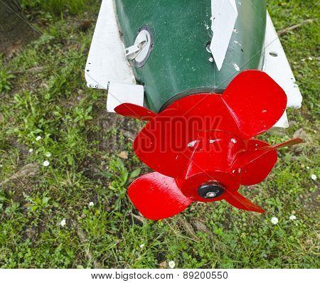 Red Propeller