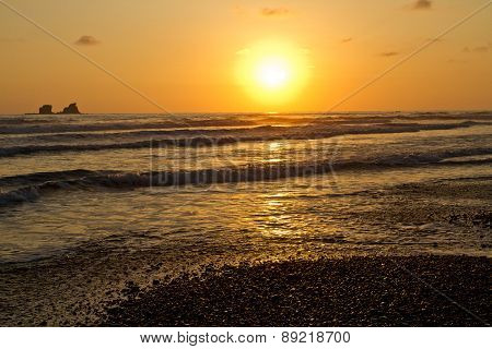 Breathtaking view of amazing sunset in beautiful beach, Manabi, Ecuador