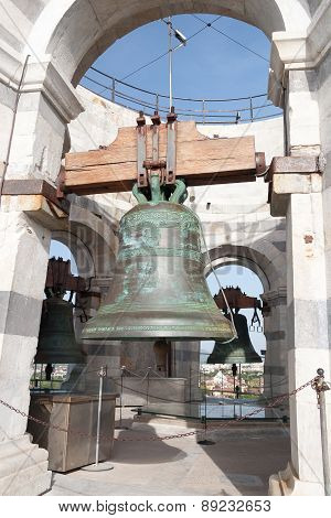 Bell at the top of Pisa Tower