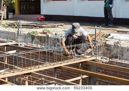 The Worker Is Constructing Underground Floor Of The Building