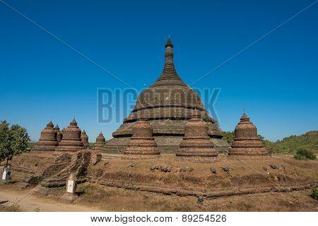 Pagoda Temple In Myanmar (burma), Mrauk-u