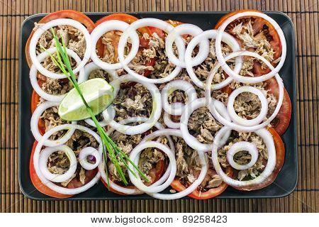 Tuna Fish Salad With Tomatoes And Onions