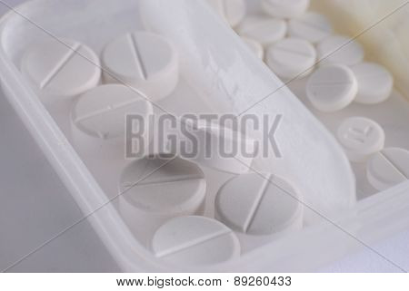 Heap Of White Round Medicine Tablet