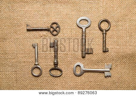 A Lot Vintage Keys To The Safe On A Very  Old Cloth