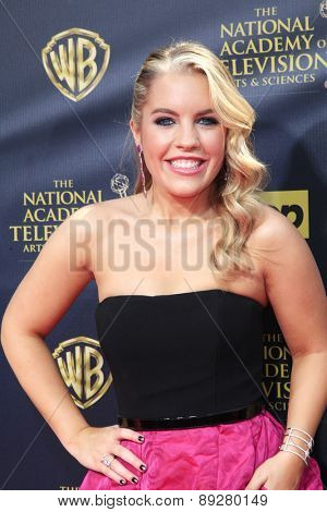 BURBANK - APR 26: Kristen Alderson at the 42nd Daytime Emmy Awards Gala at Warner Bros. Studio on April 26, 2015 in Burbank, California