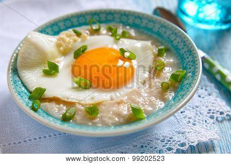 Savoury porridge