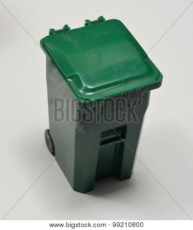 Toy Trashcan