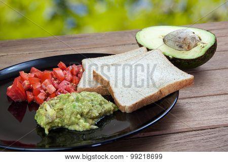 Avocado Sauce And Whole Wheat