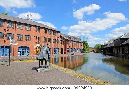 Canal Basin, Coventry.