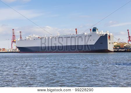 Car carrier at a port