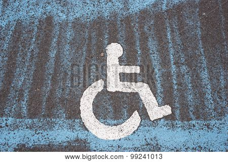 Only handicapped parking sign