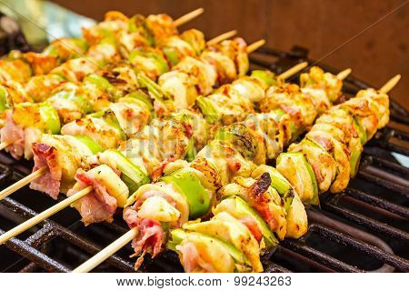 Bbq Barbecuing Skewers, Grill With Vegetable Skewer - Close Up.