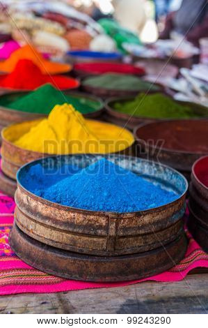 Raw Pigments for Making Paint and Dyes