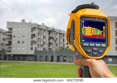 Recording Building With Thermal Camera
