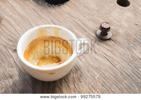 Empty coffee cup after drink on wood table