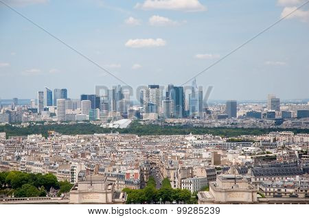 Defense Or La Defense - Modern Business And Residential District In The Near Suburb Of Paris, In The