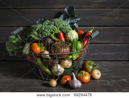 Fresh Garden Vegetables - Broccoli, Zucchini, Eggplant, Peppers, Beets, Tomatoes, Onions, Garlic - V
