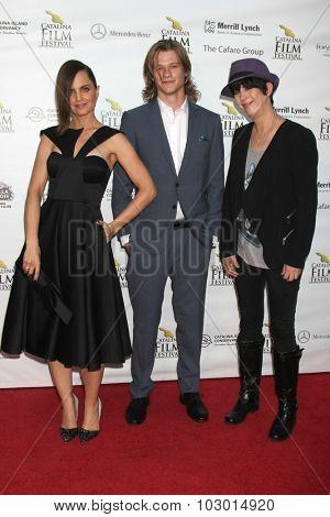 LOS ANGELES - SEP 26:  Mena Suvari, Lucas Till, Diane Warren at the Catalina Film Festival Saturday Gala at the Avalon Theater on September 26, 2015 in Avalon, CA