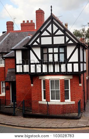 Fasade House Of Tudor Style In Chester, Uk