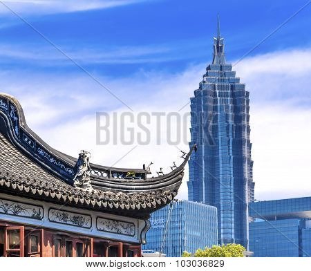 Shanghai China Old And New Jin Mao Tower And Yuyuan Garden