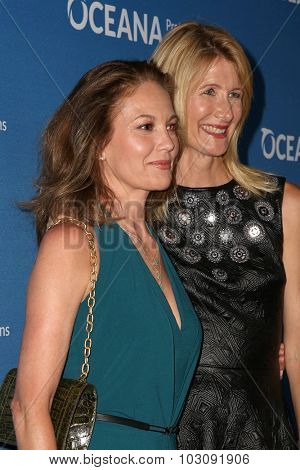LOS ANGELES - SEP 28:  Diane Lane, Laura Dern at the
