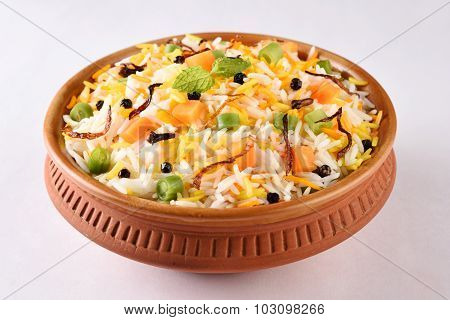 Vegetable fried rice or biryani or veg pulav