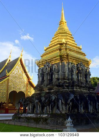 Glimmering pagoda