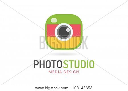 Photo camera logo icon template. Photographer logo, photo image logo. Technology and techno logo icon. Objective lens symbol. Photo shape. Photo camera logo icon. Photographer logo, photo logo icon