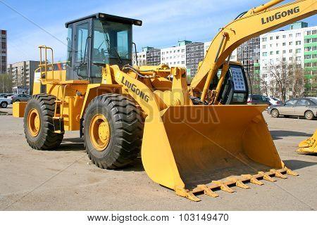 Liugong 856