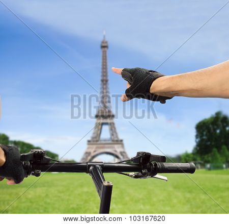 Paris In Bicycle