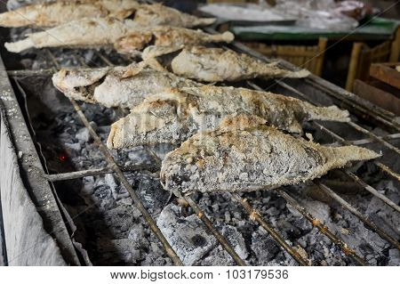 Thai Food, Salt-crusted Grilled Fish