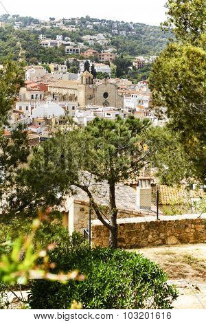 Church And City Of Tossa De Mar, Costa Brava, Spain