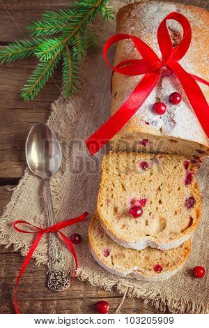 Christmas baking with fresh cranberries, tinted