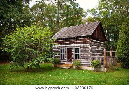Historical Rustic Pioneer Log Cabin House Ontario Canada