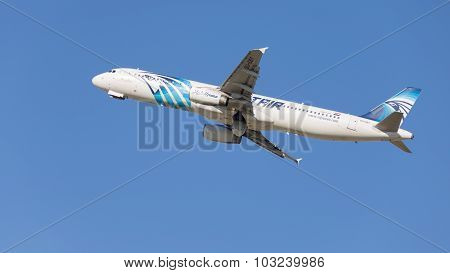 Beautiful Airbus A321-231 Egyptair