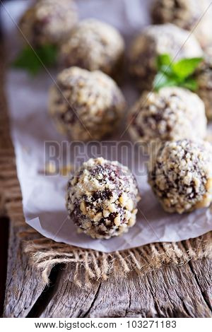 Chocolate truffles with peanut butter