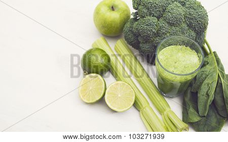 Green smoothie hero header
