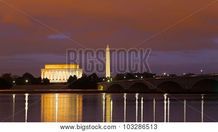 Washington Monument, Lincoln Memorial and Arlington Memorial Bridge at night.