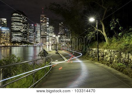 Brisbane Kangaroo Point bike trails at night