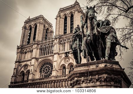 Charlemagne In Notre Dame , Paris France