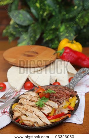 special meat meal service-pepper-tomato