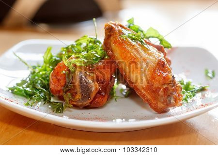 Fresh Roasted Chicken Wings With Arugula