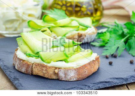 Soft Cheese And Zucchini Bruschetta