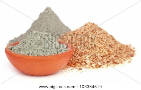 Grady Cement In A Bowl With Two Types Of Sand