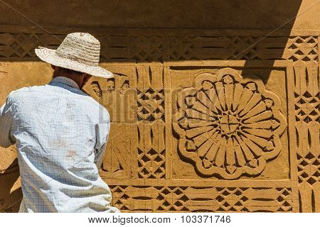 Special Carving Technique For House Design In Morocco