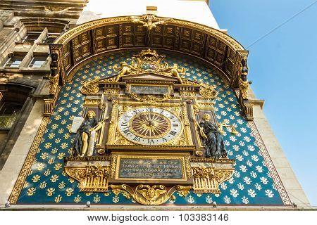 Conciergerie Clock, Paris, France.