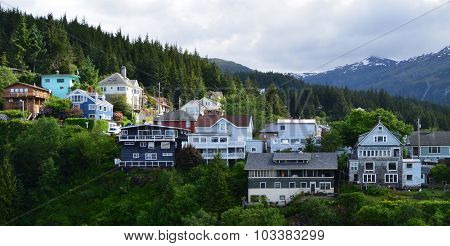Alaskan Homes Overlooking the Water in Ketchikan